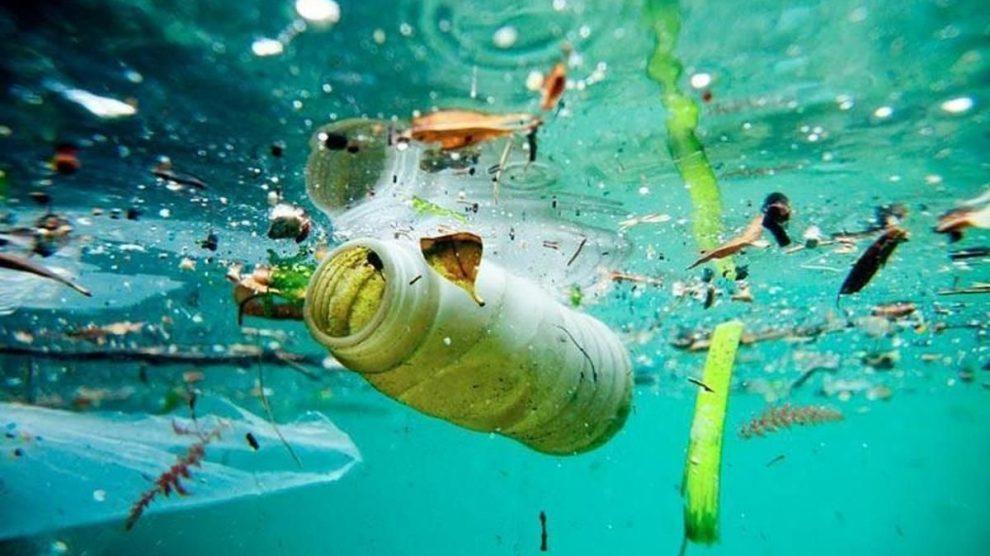 Contaminación de mares por plástico