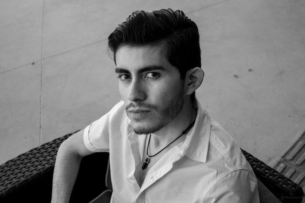 """Bernardo Arreola, estudiante de Periodismo del CUCiénega y productor en el programa """"Franca controversia"""""""