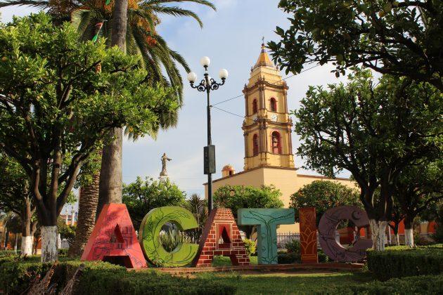 Plaza principal de Acatic. Fotografía: Iván Serrano Jauregui