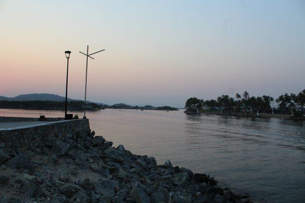 Boca del Río Marabasco, en Barra de Navidad. Fotografía: Iván Serrano Jauregui