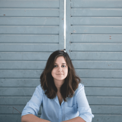 Abril Posas, escritora, egresada de Letras Hispánicas del CUCHS