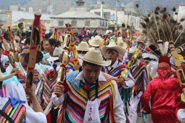 Fiesta de San Sebastián con los sonajeros en Tuxpan. Fotografía: Iván Serrano Jauregui