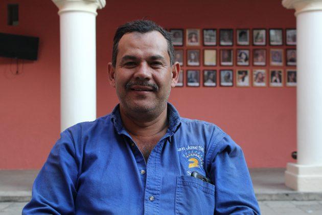 José Méndez García, empleado del Área Natural de la Sierra de Quila, en Tecolotlán. Fotografía: Iván Serrano Jauregui
